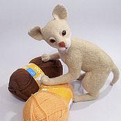 """Куклы и игрушки ручной работы. Ярмарка Мастеров - ручная работа Игрушка из войлока """"Абиссинский котенок"""". Handmade."""