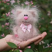 Куклы и игрушки handmade. Livemaster - original item Cat with candy - interior toy, pussy, souvenir. Handmade.