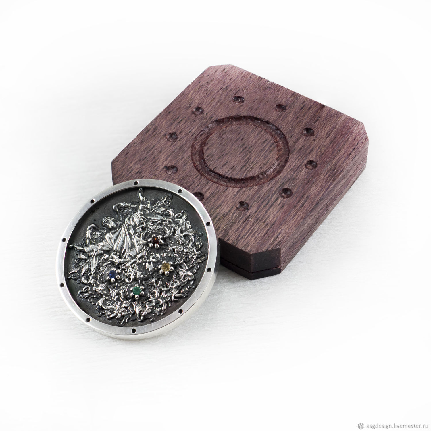 Coin of choice in a wooden case, Souvenir coins, Moscow,  Фото №1