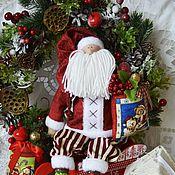 Подарки к праздникам ручной работы. Ярмарка Мастеров - ручная работа Санта Клаус , красный в камзоле. Handmade.