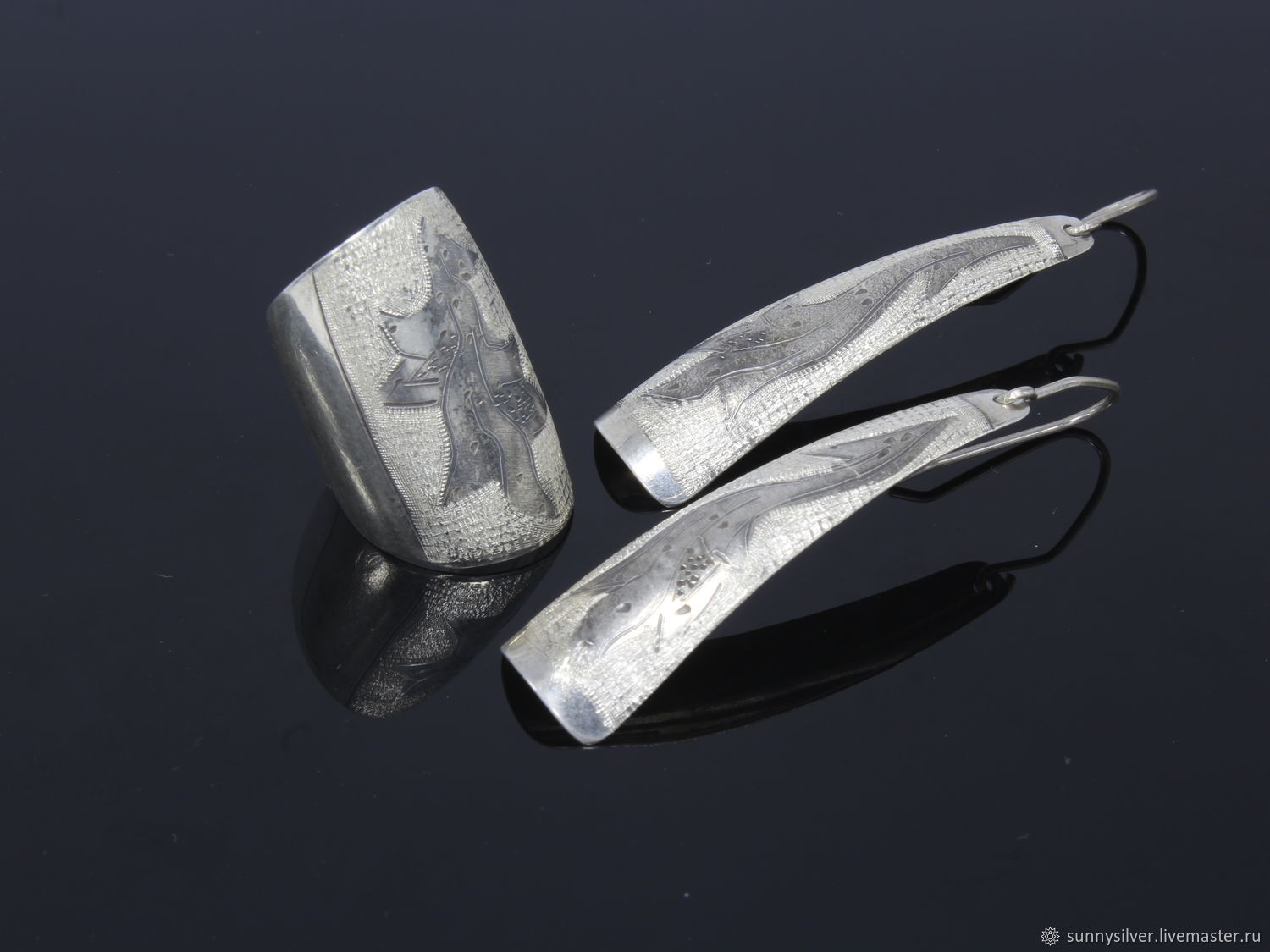 Minima Series Feather ring and earrings in silver with embossed wide ring, Jewelry Sets, Yerevan,  Фото №1