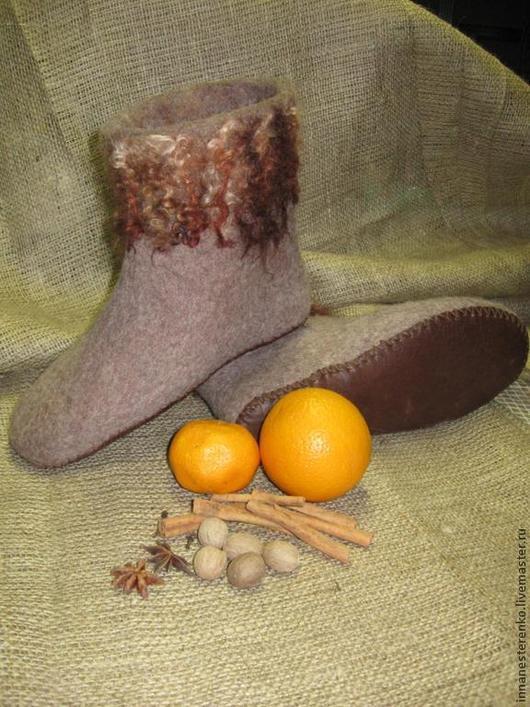 """Обувь ручной работы. Ярмарка Мастеров - ручная работа. Купить Валеночки для дома """"Глинтвейн"""". Handmade. Коричневый, валяная обувь, войлок"""