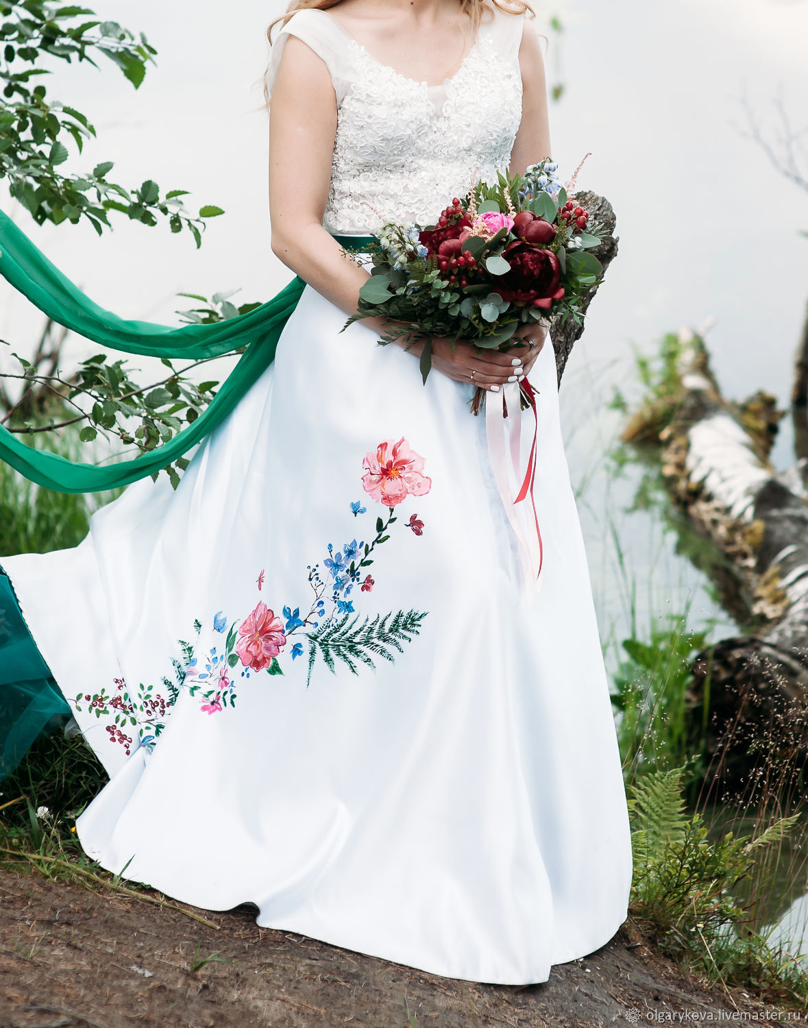 White wedding skirt with painted, Skirts, St. Petersburg,  Фото №1