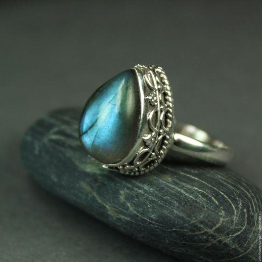 """Кольца ручной работы. Ярмарка Мастеров - ручная работа. Купить Серебряное кольцо с канадским синим лабрадором """"Дар богов"""" серебро 925. Handmade."""