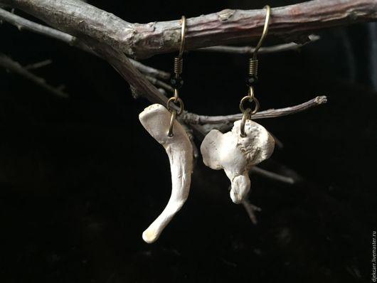 Готика ручной работы. Ярмарка Мастеров - ручная работа. Купить Серьги-кости. Handmade. Белый, готические украшения, акриловые краски