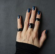 Украшения ручной работы. Ярмарка Мастеров - ручная работа Сет из 3-х кожаных колец с кристаллами SWAROVSKI, бордовый/черный. Handmade.