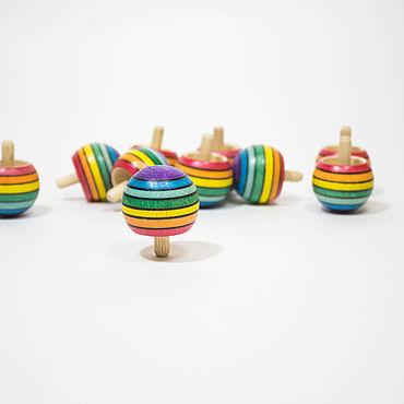 """Куклы и игрушки ручной работы. Ярмарка Мастеров - ручная работа Волчок перевертыш """"Обратная радуга"""", средний размер. Handmade."""