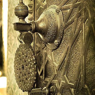 Картины и панно ручной работы. Ярмарка Мастеров - ручная работа Дверь III. 60х40  Бумага матовая. Печать. Handmade.