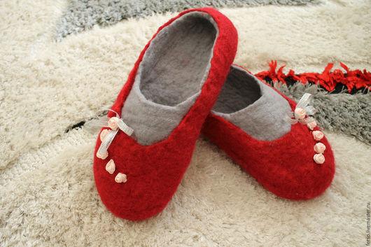 Обувь ручной работы. Ярмарка Мастеров - ручная работа. Купить Валяные балетки. Handmade. Ярко-красный, шерсть 100%, уют