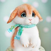 Куклы и игрушки ручной работы. Ярмарка Мастеров - ручная работа Валяный зайчик Маффин. Handmade.