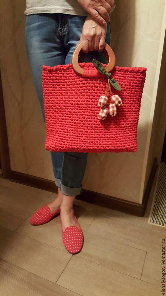 Женские сумки ручной работы. Ярмарка Мастеров - ручная работа. Купить сумка из ленточной пряжи на подкладке (красный). Handmade.