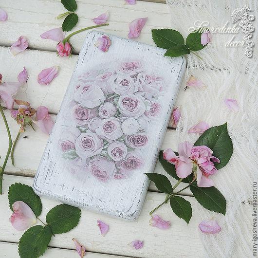 Картины цветов ручной работы. Ярмарка Мастеров - ручная работа. Купить Панно настенное Shabby Roses. Handmade. Панно