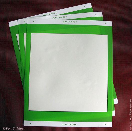 Специальные маты для вырезания из ткани и бумаги