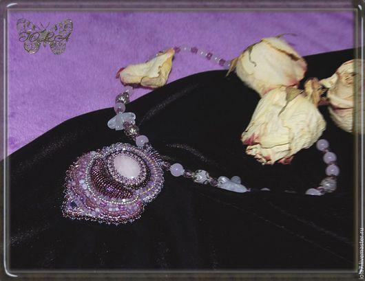 Колье, бусы ручной работы. Ярмарка Мастеров - ручная работа. Купить Колье из натуральных камней и бисера  с розовым кварцем. Handmade.
