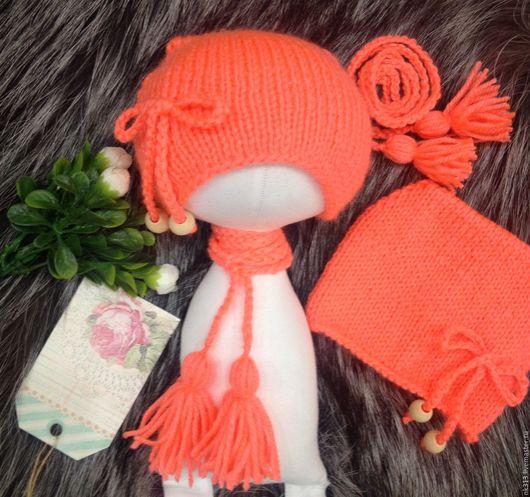 """Одежда для кукол ручной работы. Ярмарка Мастеров - ручная работа. Купить """"Коралл"""" шапочка для куклы. Handmade. Коралловый, шарфик"""