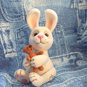 Куклы и игрушки ручной работы. Ярмарка Мастеров - ручная работа Заяц с мишкой. Handmade.