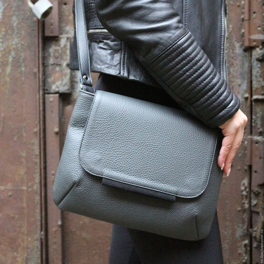 """Женские сумки ручной работы. Ярмарка Мастеров - ручная работа. Купить """"Tablet bag"""". Handmade. Тёмно-синий, сумка девушке"""