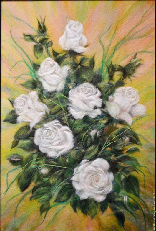 Картины цветов ручной работы. Ярмарка Мастеров - ручная работа. Купить Картина из шерсти Белые розы. Handmade. Белый
