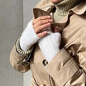 Аксессуары handmade. Livemaster - original item Fingerless gloves womens white.. Handmade.