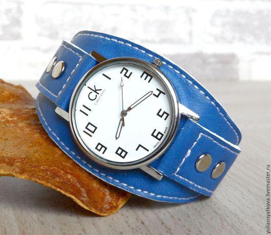 Часы ручной работы. Ярмарка Мастеров - ручная работа. Купить Наручные часы на синем браслете.. Handmade. Наручные часы