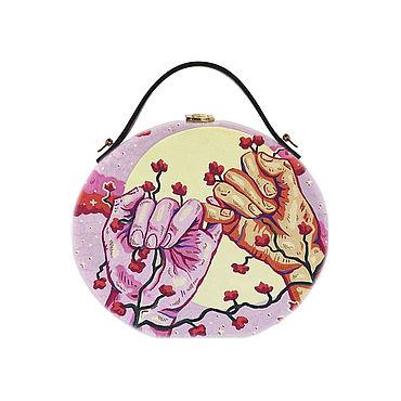 Сумки и аксессуары ручной работы. Ярмарка Мастеров - ручная работа Женская круглая сумка из дерева, розовая, с росписью. Handmade.