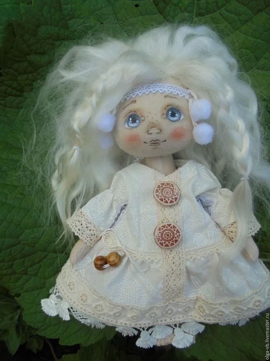 Коллекционные куклы ручной работы. Ярмарка Мастеров - ручная работа. Купить Берегиня текстильная. Handmade. Бежевый, интерьерная кукла, трессы