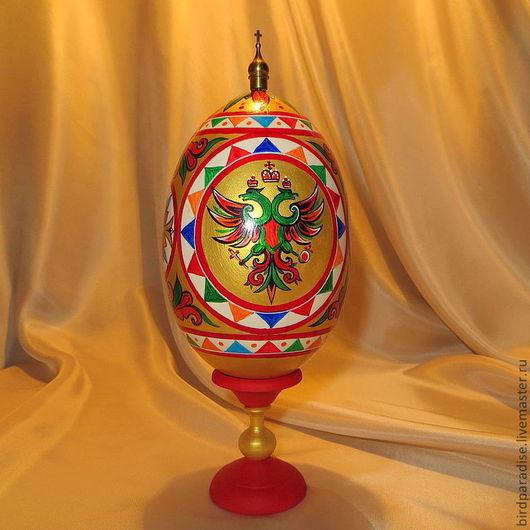 яйцо расписное пасхальное на подставке с орлом.