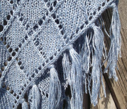 """Шали, палантины ручной работы. Ярмарка Мастеров - ручная работа. Купить Шаль """"Голубой лен"""" летняя ажурная. Handmade."""