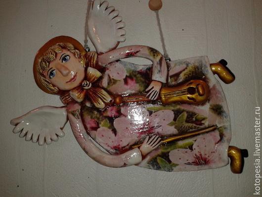 Подвески ручной работы. Ярмарка Мастеров - ручная работа. Купить Панно ангел  музыкант.. Handmade. Розовый, скрипач, глина