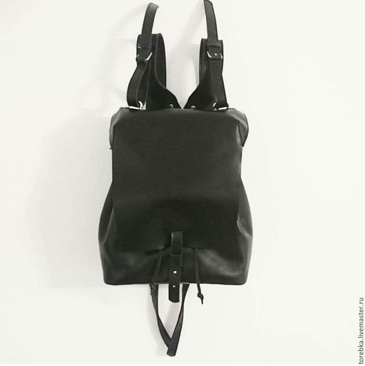 Рюкзаки ручной работы. Ярмарка Мастеров - ручная работа. Купить Ежедневный городской кожаный рюкзак. Handmade. Черный, кожа, минимализм
