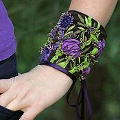 Браслет-манжета ручной работы. Ярмарка Мастеров - ручная работа Браслет текстильный с объемной вышивкой Где-то в цветочной долине. Handmade.