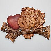 """Для дома и интерьера ручной работы. Ярмарка Мастеров - ручная работа Ключница """"Совенок с сердечком"""" для 4-х комплектов ключей. Handmade."""