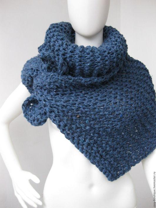 Завязать шарфик, как платок, в чумовой джинсовый цветок? или... Нужна только Ваша фантазия - и окажется, что вкусных вариаций завязывания этого шарфика хватит на каждый наряд из Вашего гардероба!