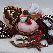 """Куклы и игрушки ручной работы. Ярмарка Мастеров - ручная работа Набор сладостей из фетра """"Сладкая жизнь и ноль калорий"""". Handmade."""