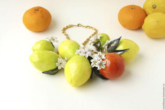 Колье, бусы ручной работы. Ярмарка Мастеров - ручная работа. Купить Колье с лимонами и апельсином - тренд и musthave сезона. Handmade.