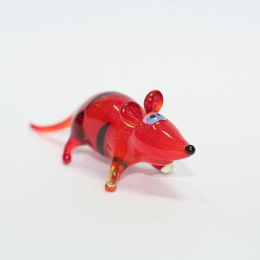 Сувениры и подарки ручной работы. Ярмарка Мастеров - ручная работа Сувениры: Крыска красная полосатая. Handmade.