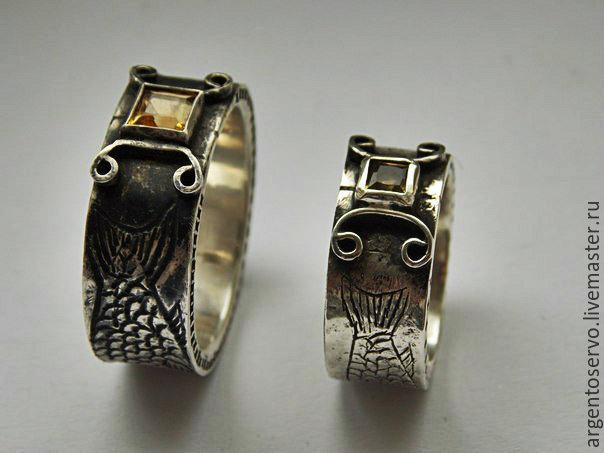 Кольца в серебре `Карпы Кои` с цитрином. Используется художественная обработка металла-чеканка.