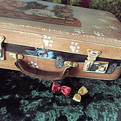 Сумки и аксессуары handmade. Livemaster - original item A suitcase with kittens. Handmade.