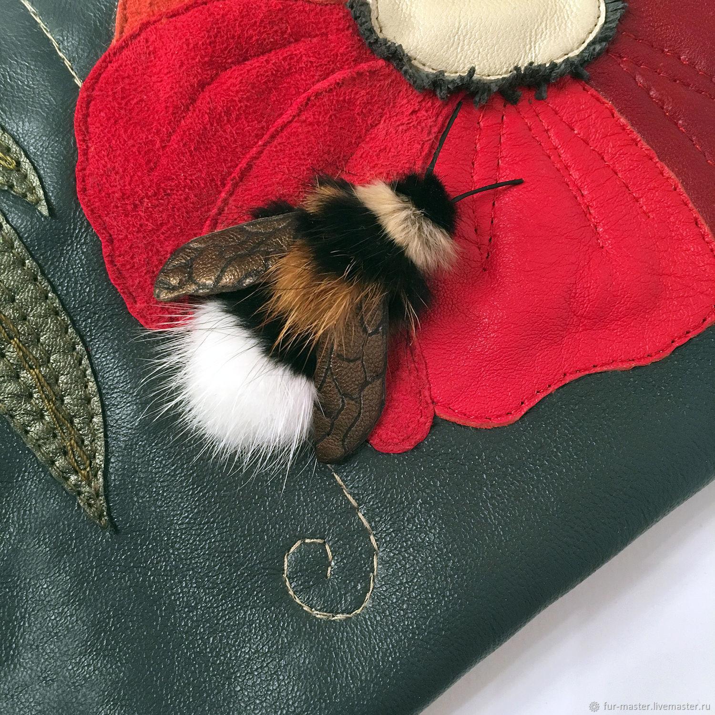 Женские сумки ручной работы. Ярмарка Мастеров - ручная работа. Купить Сумка «Шмель и Мак», маленькая сумочка-клатч на руку. Handmade.