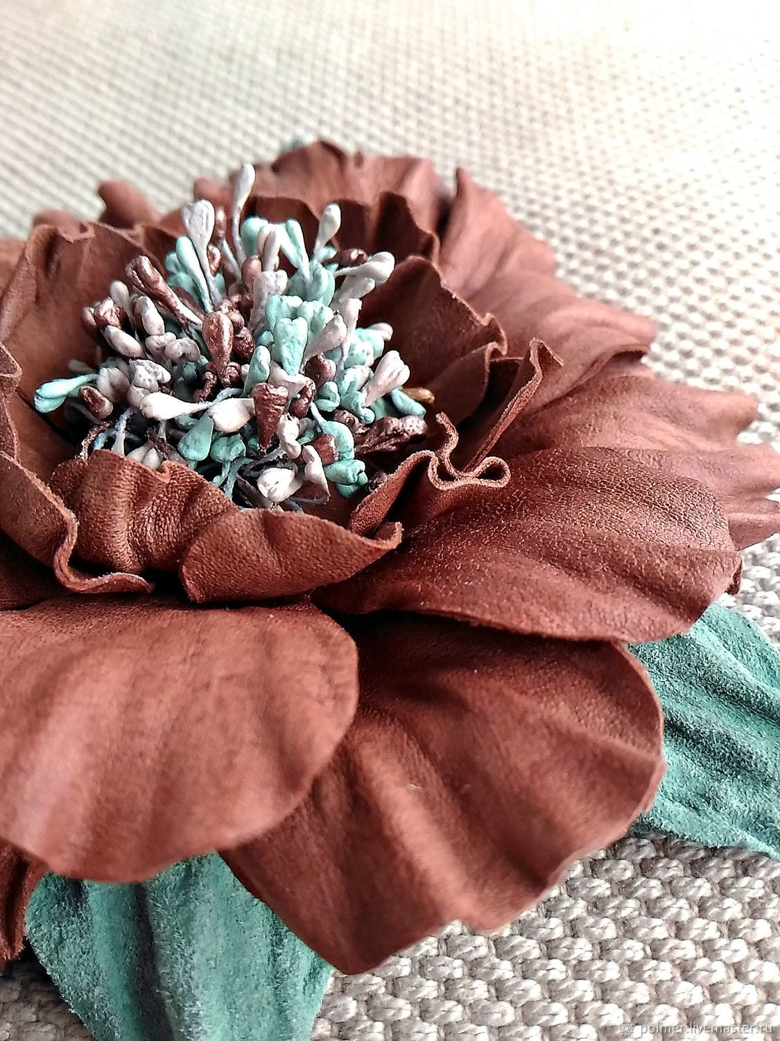 Brooch from skin Mint-red