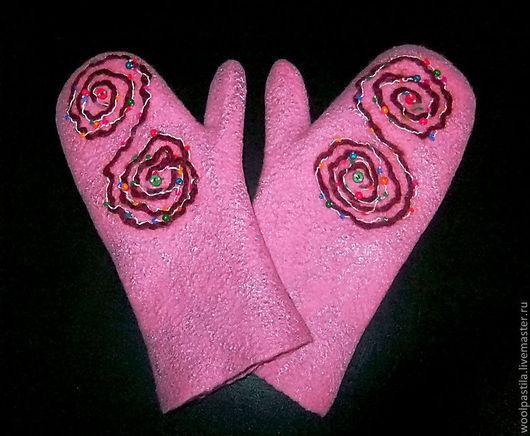 Варежки, митенки, перчатки ручной работы. Ярмарка Мастеров - ручная работа. Купить Валяные варежки Розовые спиральки. Handmade. Розовый