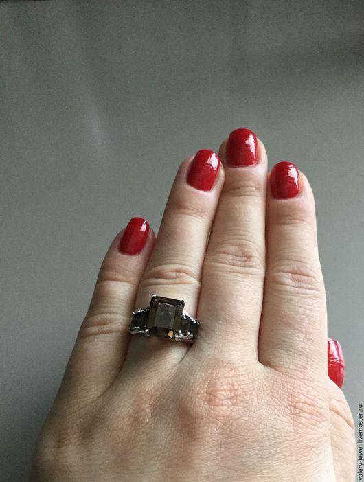 Кольца ручной работы. Ярмарка Мастеров - ручная работа. Купить Кольцо с натуральным дымчатым кварцем в серебре 925 пробы.. Handmade.
