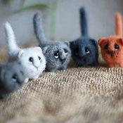 Куклы и игрушки ручной работы. Ярмарка Мастеров - ручная работа Котики карманные. Handmade.