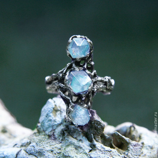 """Кольца ручной работы. Ярмарка Мастеров - ручная работа. Купить Серебряное кольцо с кристаллами """"Триада"""". Handmade. Кольцо из серебра"""