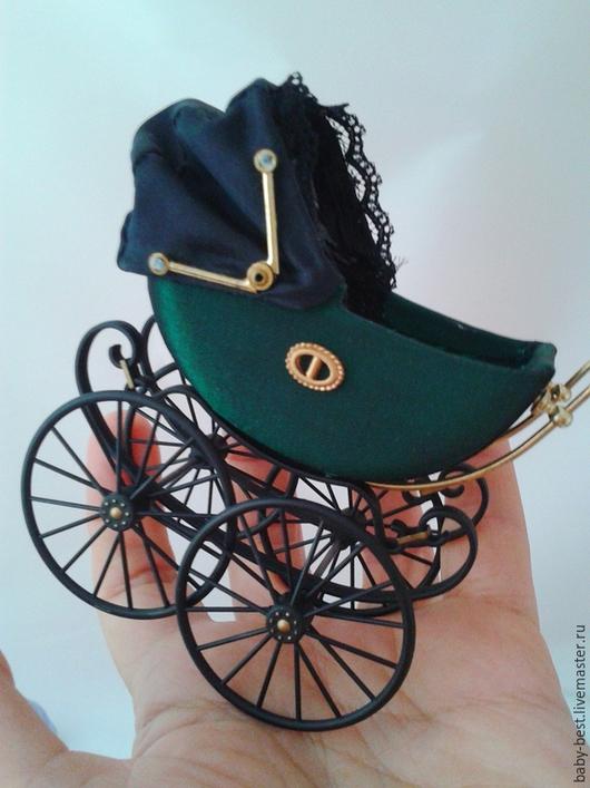 Куклы и игрушки ручной работы. Ярмарка Мастеров - ручная работа. Купить Миниатюрная коляска с   куколкой. Handmade. Винтаж, ретро стиль
