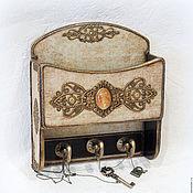 "Для дома и интерьера handmade. Livemaster - original item Ключница с кармашком ""Mysterious amber"". Handmade."