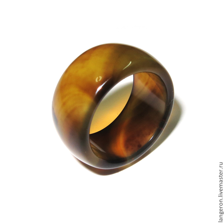 Кольца из натуральных кмней