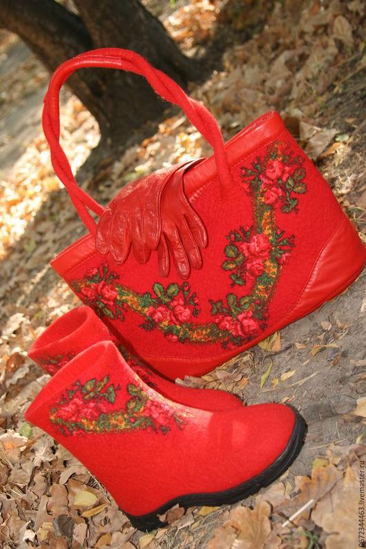 """Обувь ручной работы. Ярмарка Мастеров - ручная работа. Купить Сумка и валенки """" Королевский Крассный"""". Handmade. Ярко-красный"""