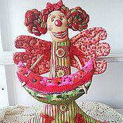 Куклы и игрушки ручной работы. Ярмарка Мастеров - ручная работа Арбузянская клоунесса текстильная кукла ручной работы. Handmade.