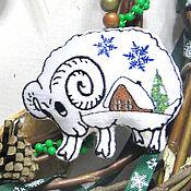 Подарки к праздникам ручной работы. Ярмарка Мастеров - ручная работа Елочная игрушка Рождественский баран Украшение елку Новогодний сувенир. Handmade.